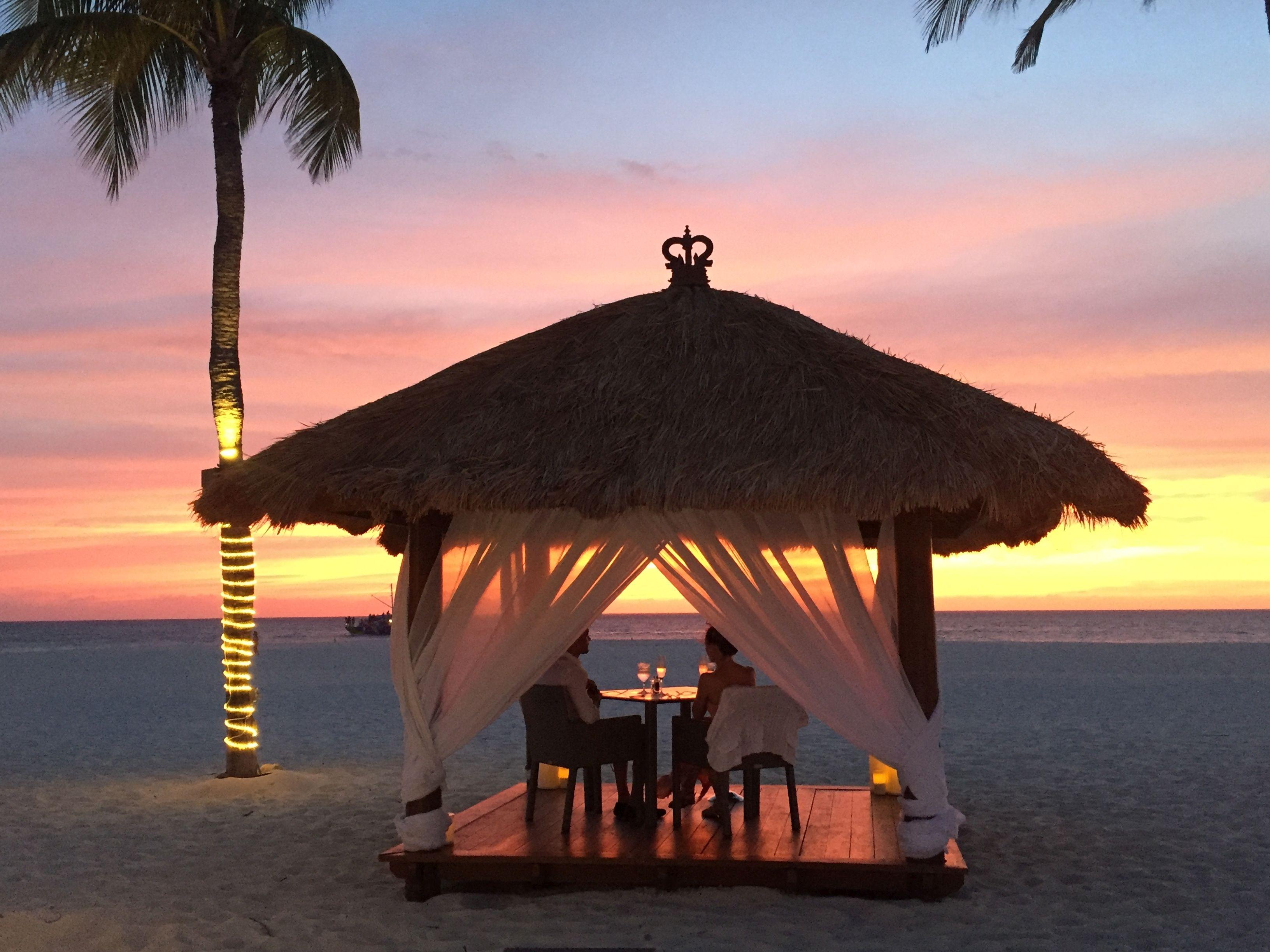 Romantic Dining Bucuti And Tara Beach Resort