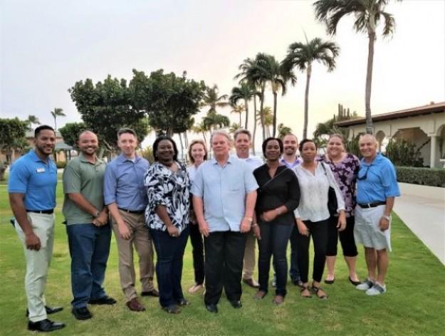 Hoog bezoek van de Minister van Toerisme van de Kaaiman-eilanden en de researchgroep van Mercer University