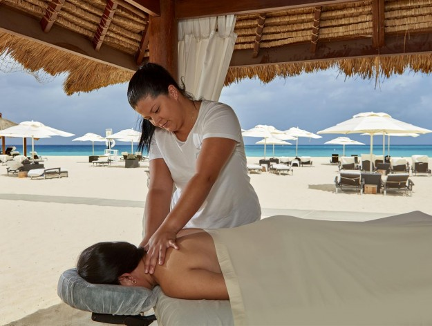 The Top Seven Reasons to visit Bucuti & Tara for a Wellness Vacation