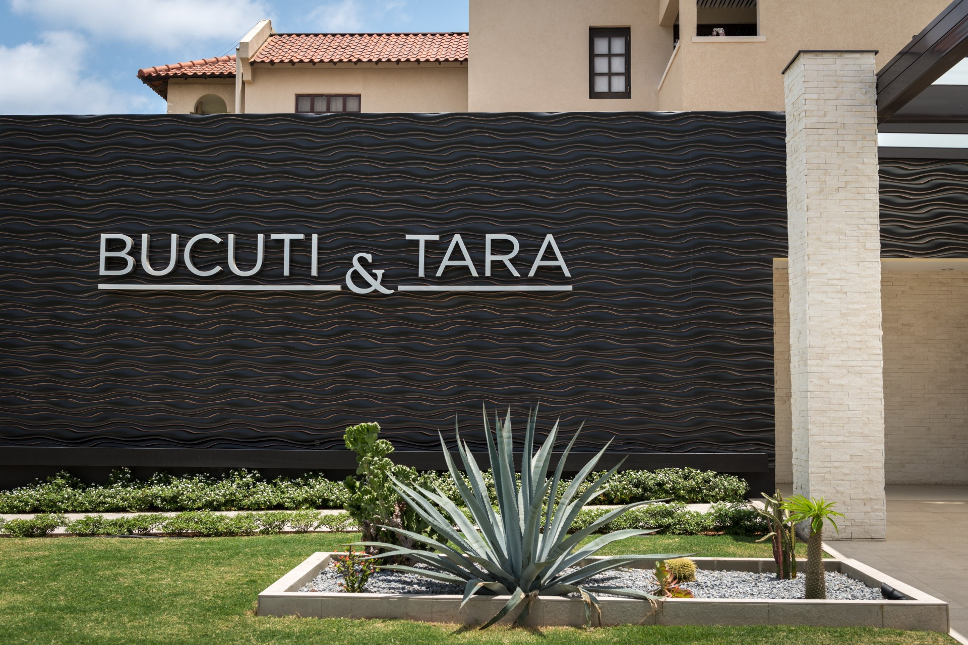 Bucuti & Tara remains staffed and open