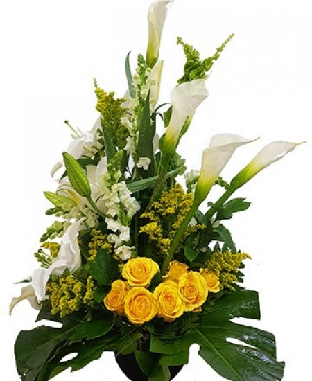 Lillies and Roses Bouquet
