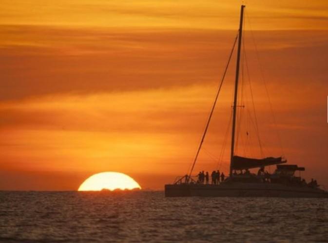 Sunset Catamaran Sail - Bucuti Exclusive